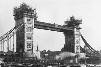 Construction of Tower Bridge